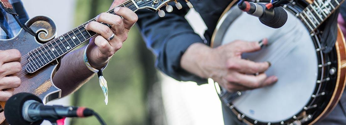 http://www.blueoxmusicfestival.com/wp-content/themes/BlueOx2016/images/Info/sliders/InfoSlider3.jpg